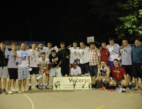 Turnir trojk Dolenjske Toplice 2016: Osrečili Jožeta